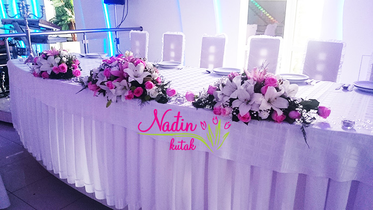 Sm060 nadjin kutak cvecara for Table za stolove